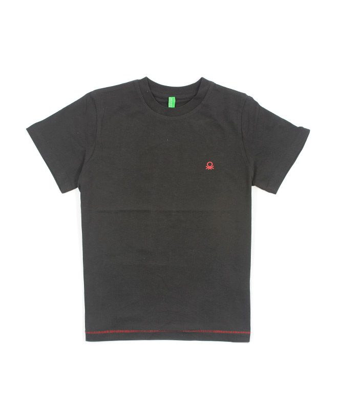 black benetton kids tshirt