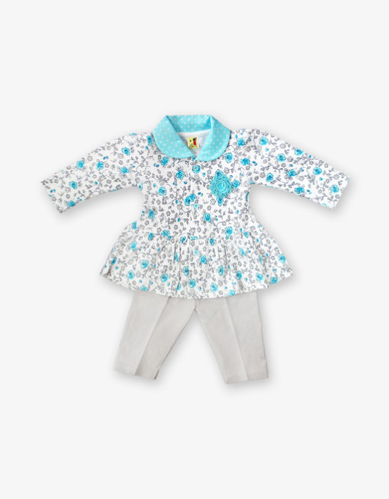 blue floral fork with off white pant